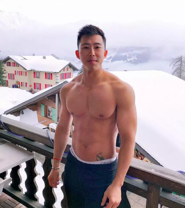 一名来自瑞士的亚裔