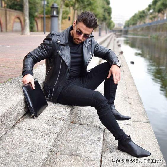 """男人秋天衣服少,还想每日穿新鲜?皮夹克的""""一衣多搭""""是关键"""